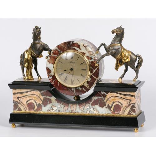 """Часы """"Лошади"""""""